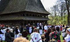 celebrating-easter-in-maramures